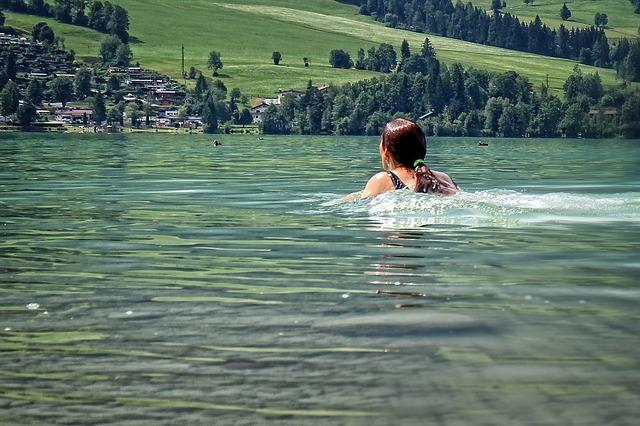 Wir schwimmen gemeinsam bei PlayTogetherNow